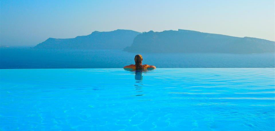 cropped-robin-greece-pool3.jpg